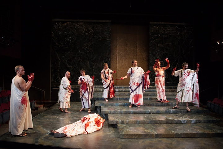 a portrayal of julius caesar a roman leader who changed the course of history Free essay: biography of julius caesar julius caesar was a strong leader for the romans who changed the course of the history of the greco - roman world.